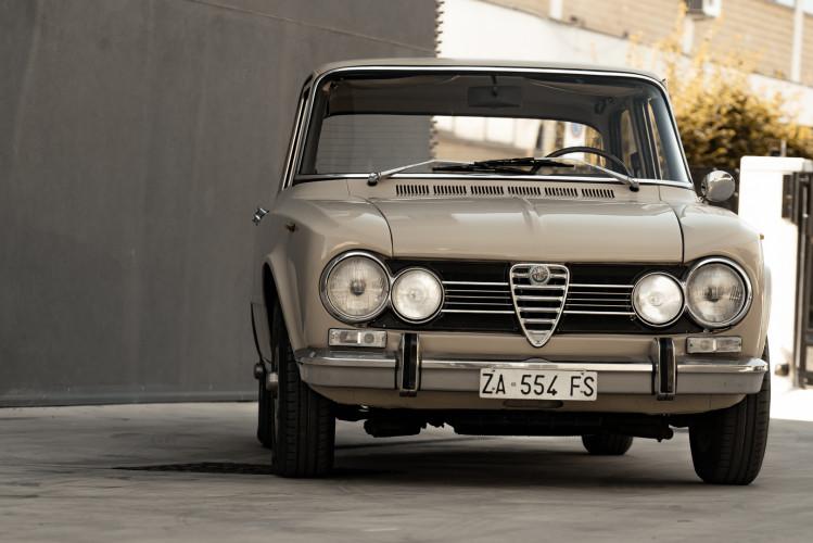 1972 Alfa Romeo Giulia Super 1300 2