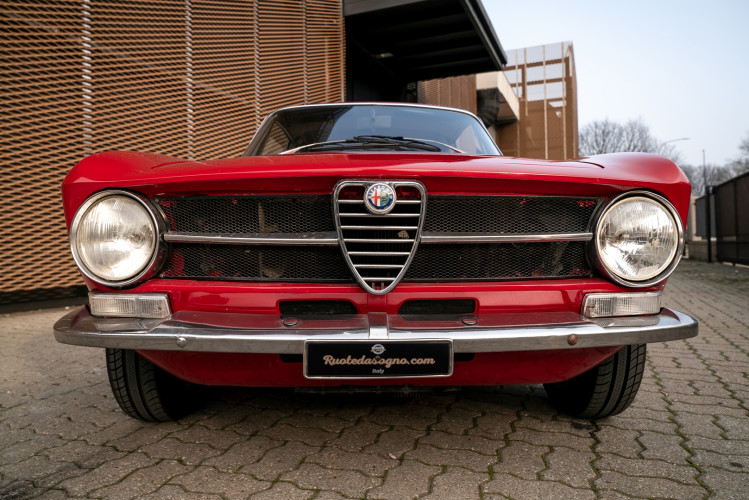 1973 Alfa Romeo GT 1300 Junior 11