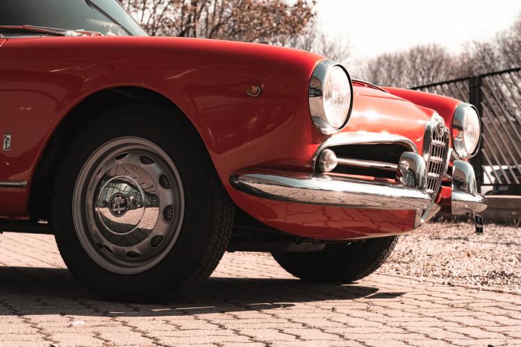 1963 Alfa Romeo Giulia Spider  11