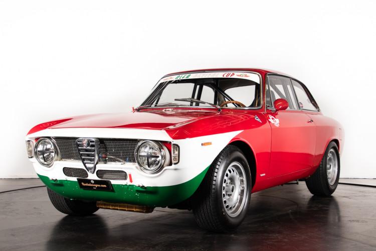 "1965 Alfa Romeo Giulia Sprint GTA ""Corsa"" 0"