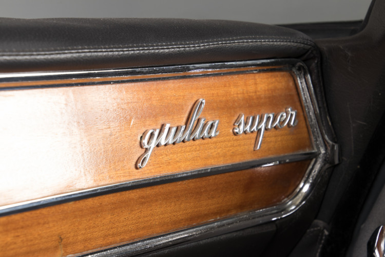 1965 Alfa Romeo Giulia Super 1600 14