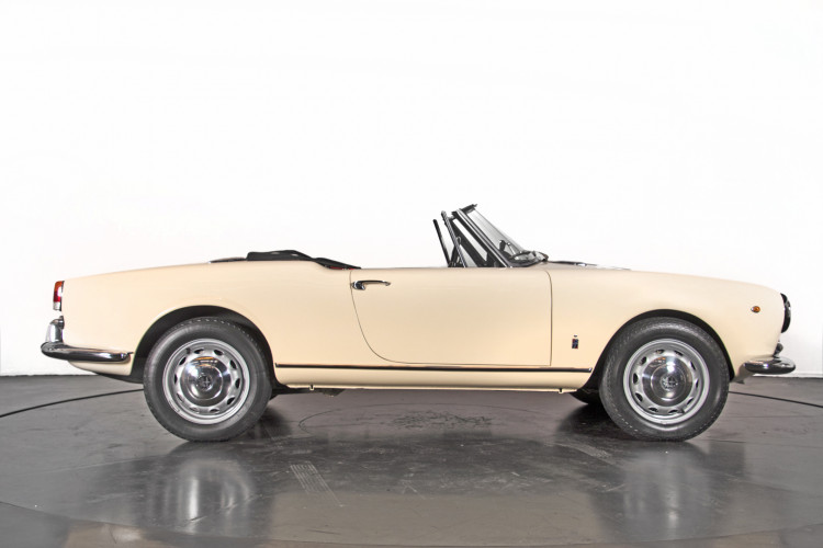 1959 Alfa Romeo Giulietta spider 3