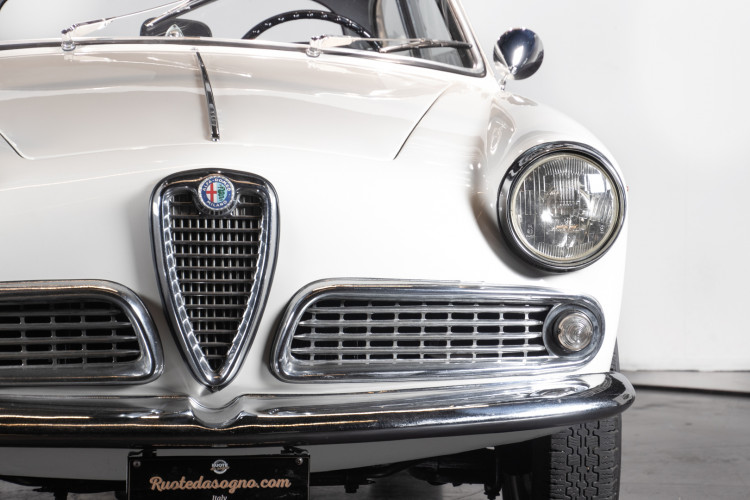 1961 Alfa Romeo Giulietta Sprint  9