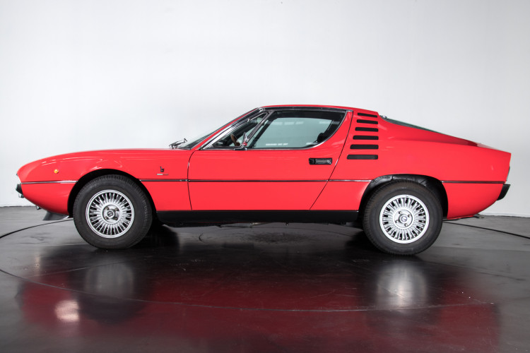 1971 Alfa Romeo Montreal 11