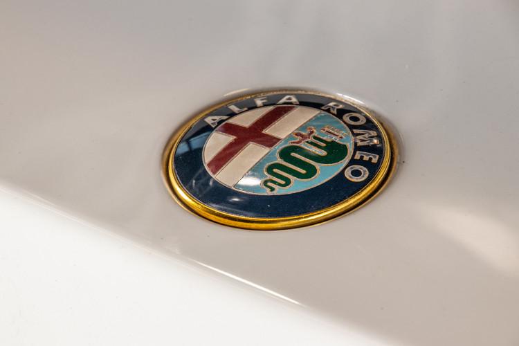 "1990 Alfa Romeo spider 2000 ""Duetto"" 9"