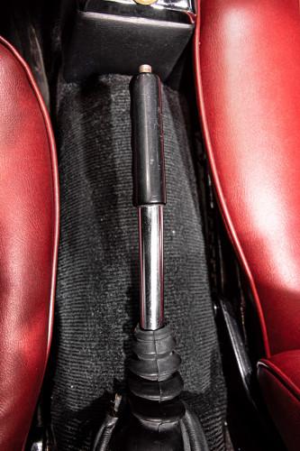"""1969 Alfa Romeo Duetto Spider 1750 """"Osso di Seppia"""" 38"""