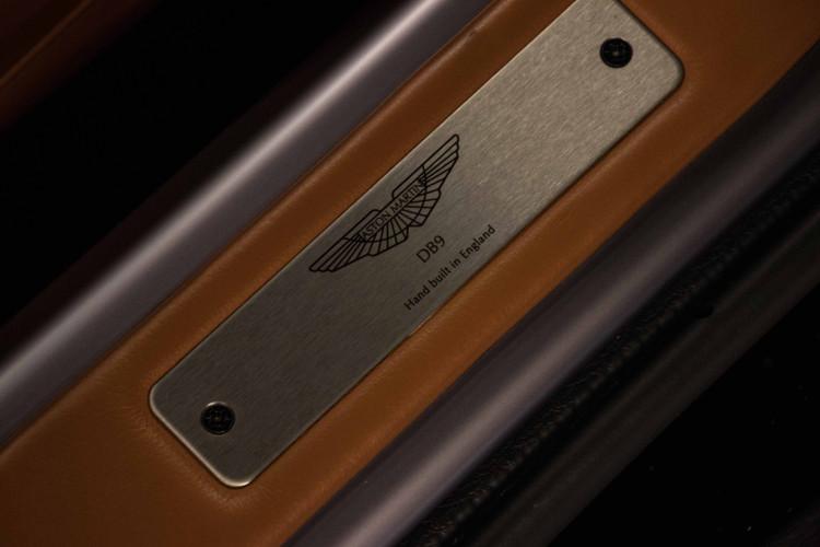2006 Aston Martin DB9 Volante 12