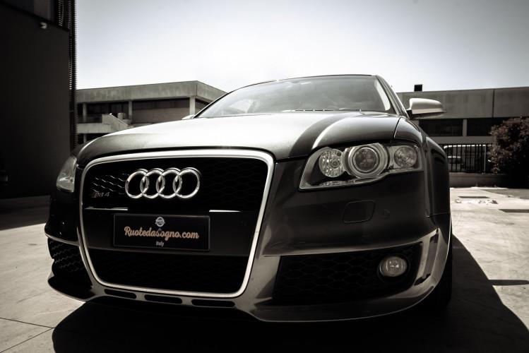 2006 Audi RS4 Avant Quattro V8 4.2 FSI 7