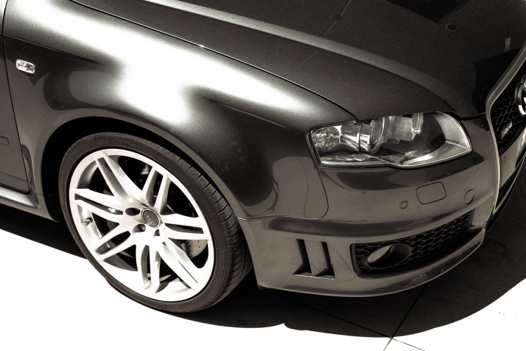 2006 Audi RS4 Avant Quattro V8 4.2 FSI 9