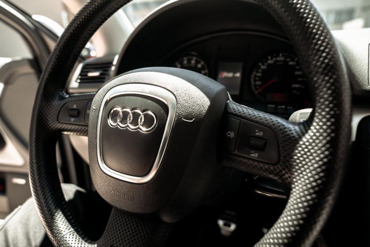 2006 Audi RS4 Avant Quattro V8 4.2 FSI 36