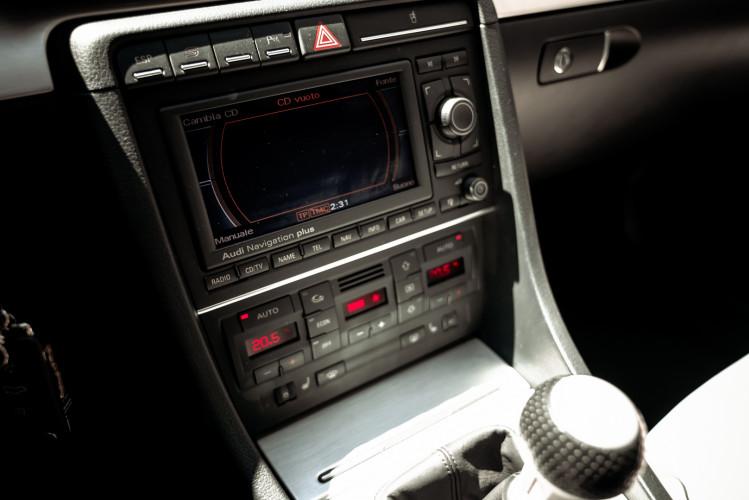 2006 Audi RS4 Avant Quattro V8 4.2 FSI 37