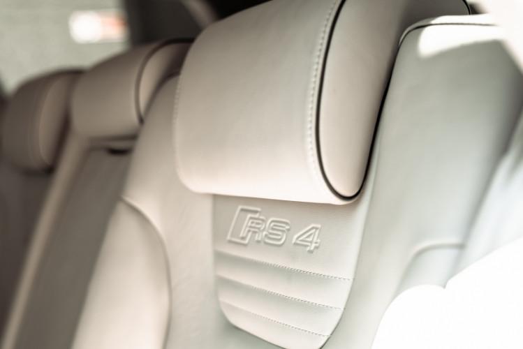 2006 Audi RS4 Avant Quattro V8 4.2 FSI 28