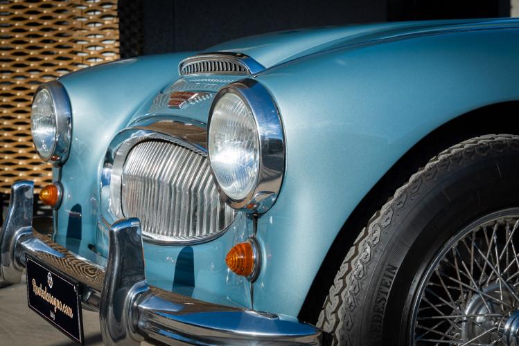 1961 Austin Healey BT7 3000 MKII 17