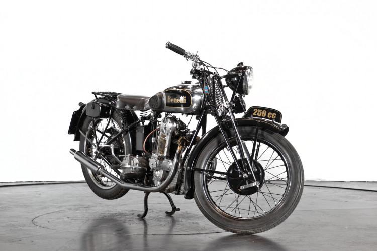 1938 Benelli 250 3