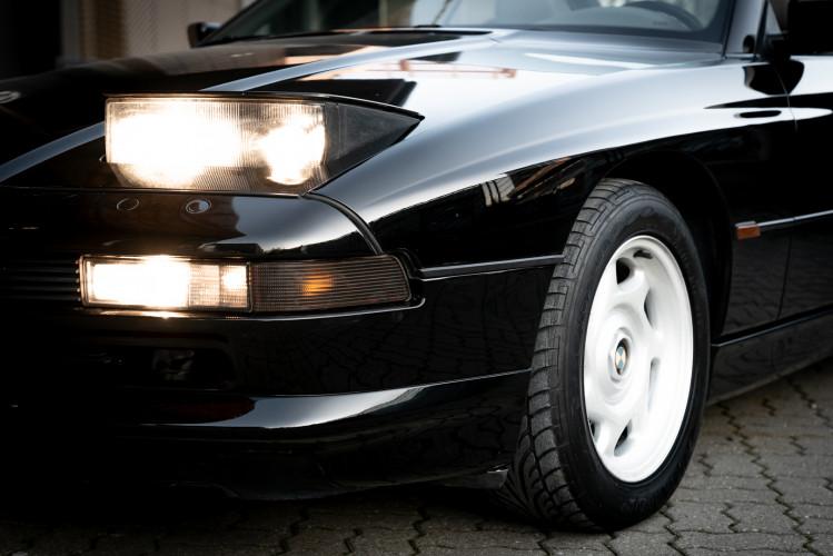1992 BMW 850 i 24