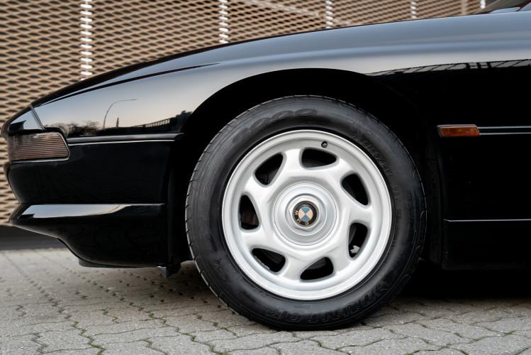 1992 BMW 850 i 30