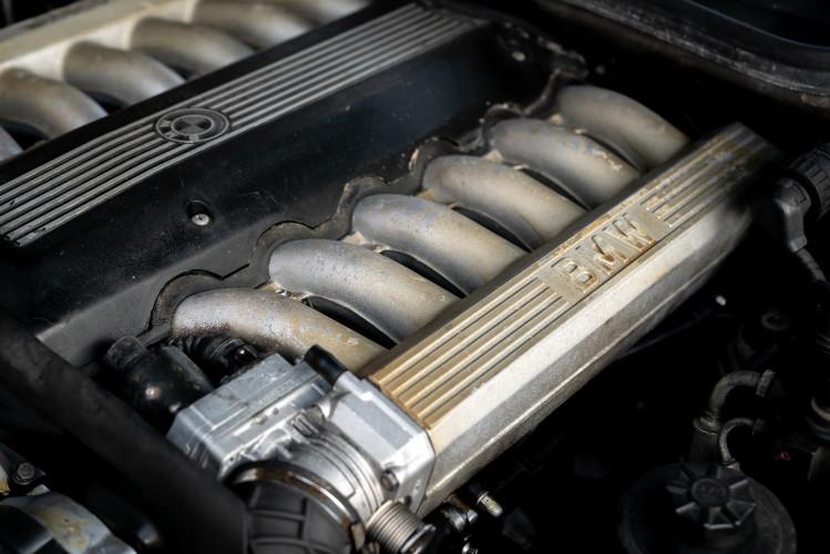 1992 BMW 850 i 35