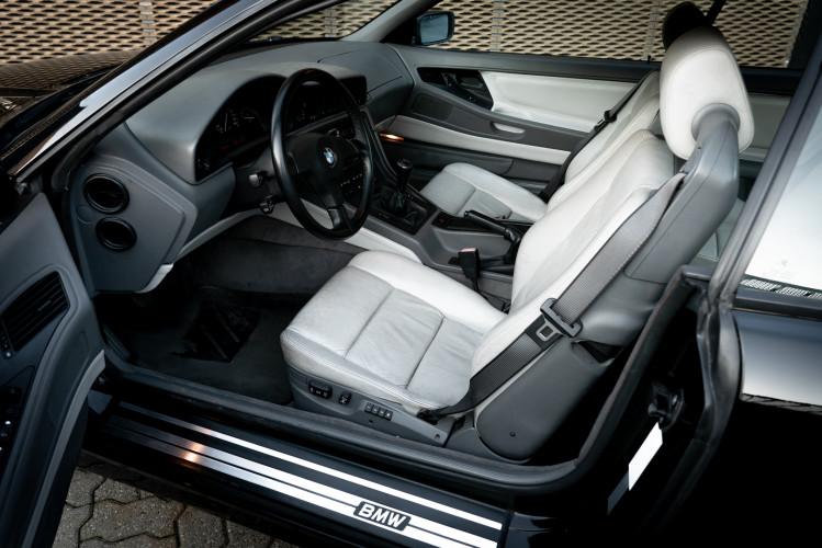 1992 BMW 850 i 10