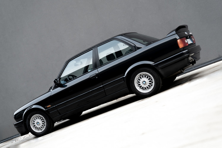 1988 BMW 320 IS 0