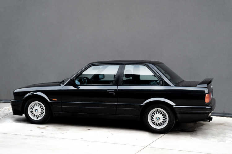 1988 BMW 320 IS 2
