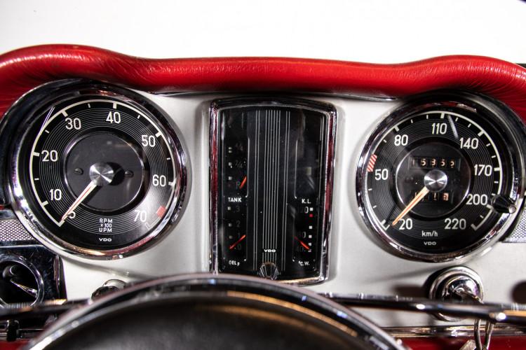 "1966 Mercedes-Benz 230 SL ""Pagoda"" 10"
