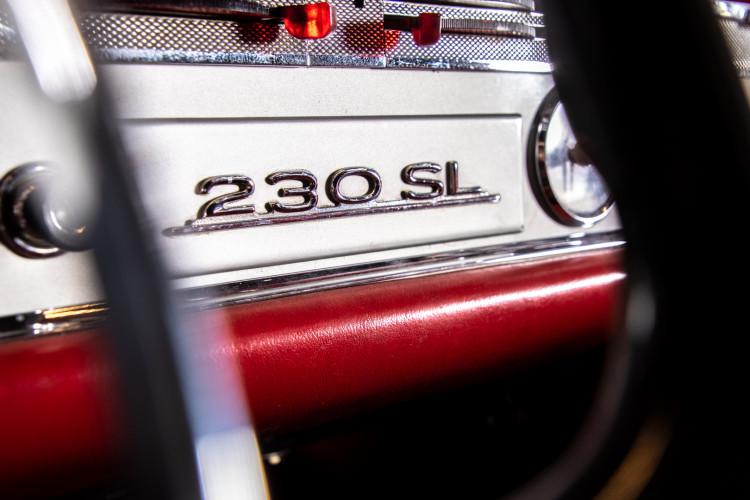 "1966 Mercedes-Benz 230 SL ""Pagoda"" 15"