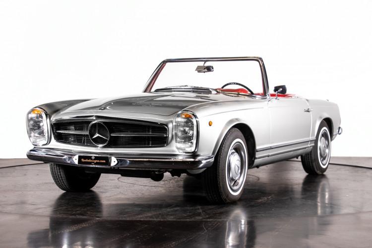 "1966 Mercedes-Benz 230 SL ""Pagoda"" 1"