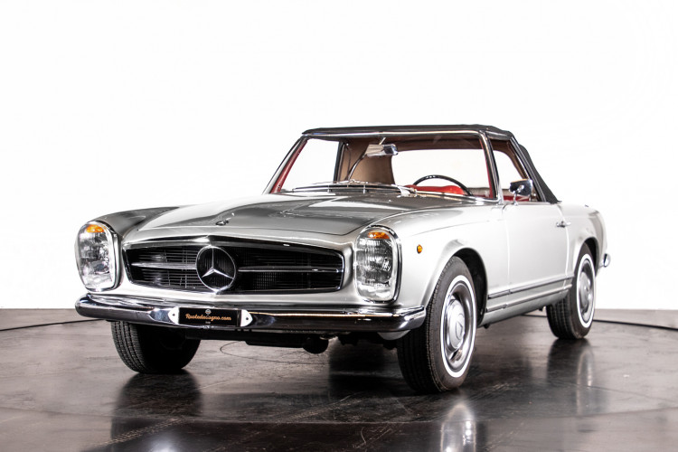 "1966 Mercedes-Benz 230 SL ""Pagoda"" 35"