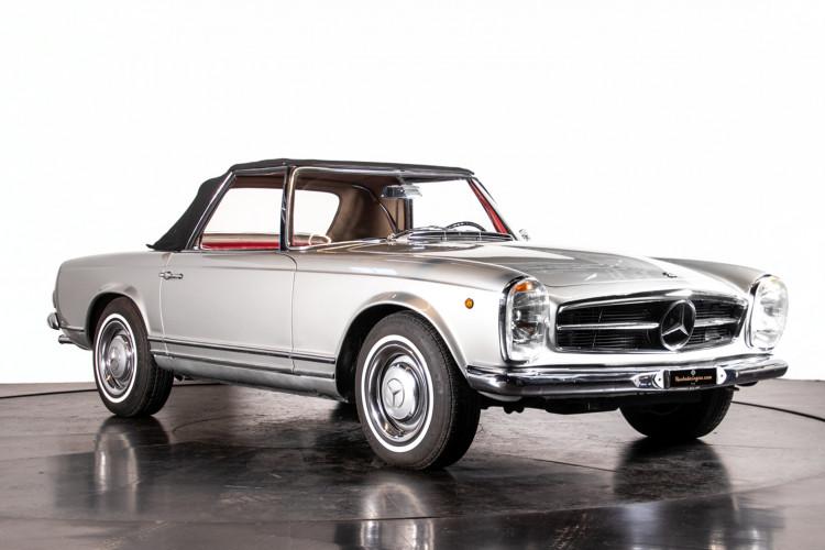 "1966 Mercedes-Benz 230 SL ""Pagoda"" 42"