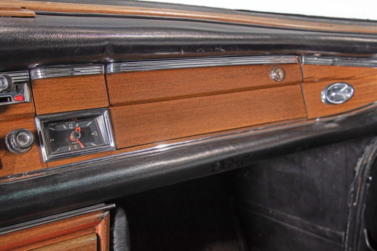 1963 Mercedes-Benz 220 SE 25