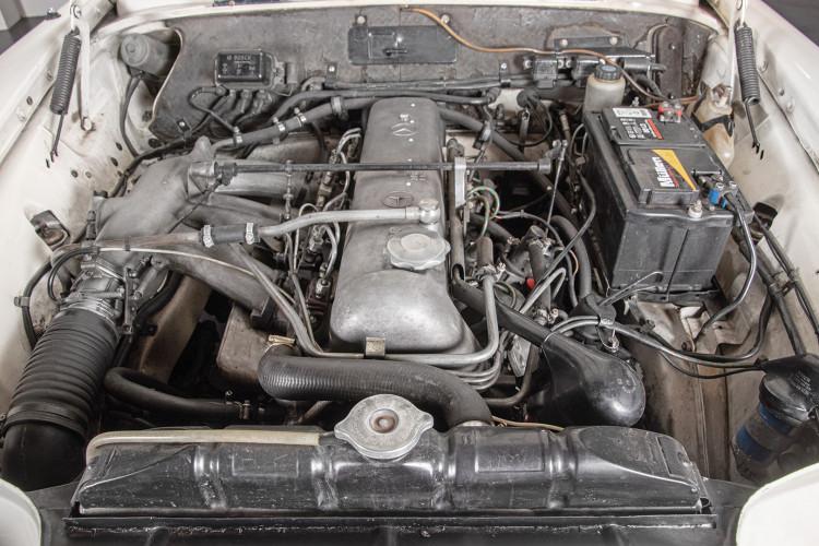 1963 Mercedes-Benz 220 SE 31