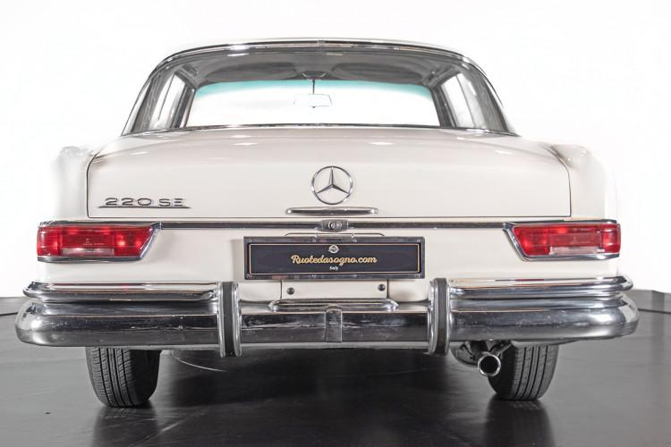 1963 Mercedes-Benz 220 SE 5