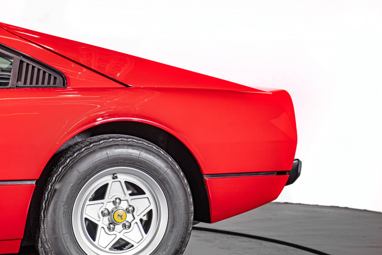 1976 Ferrari 308 GTB Vetroresina 10