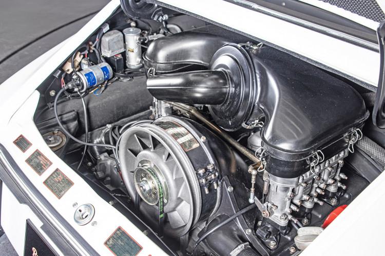 "1966 Porsche 911 2.0 L - S.W.B. ""Serie 0"" 32"