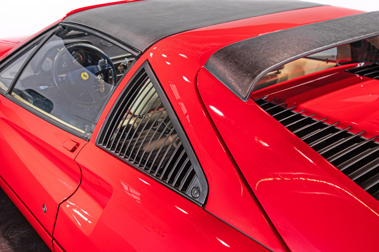 1986 Ferrari 328 GTS 13