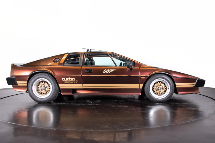 "1985 LOTUS ESPRIT TURBO - livrea ""007 For your eyes only"" 5"