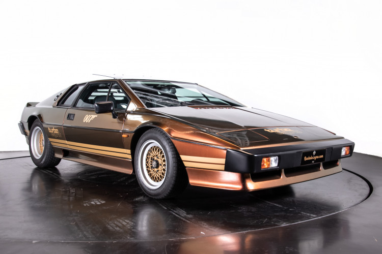 "1985 LOTUS ESPRIT TURBO - livrea ""007 For your eyes only"" 6"