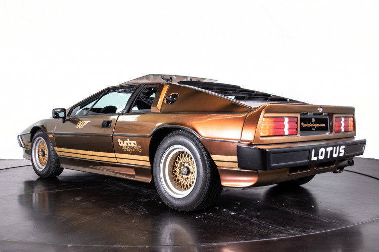 "1985 LOTUS ESPRIT TURBO - livrea ""007 For your eyes only"" 2"