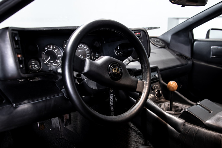 "1985 LOTUS ESPRIT TURBO - livrea ""007 For your eyes only"" 8"
