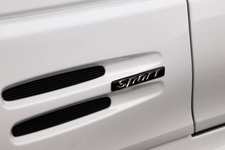 2000 Mercedes-Benz SL500 11