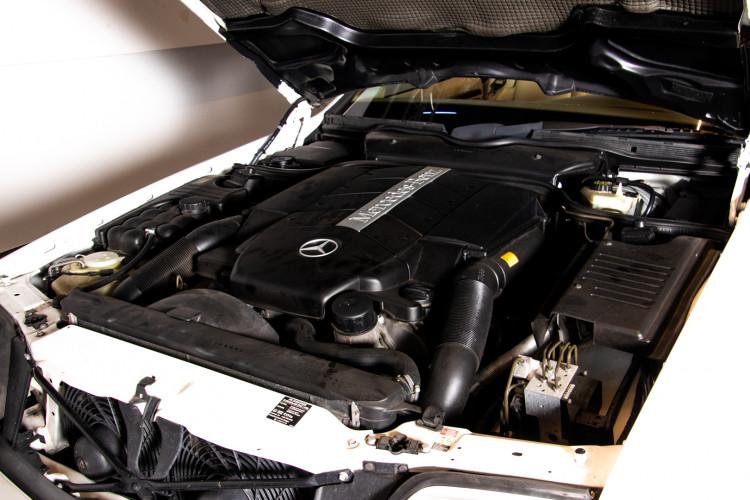 2000 Mercedes-Benz SL500 43
