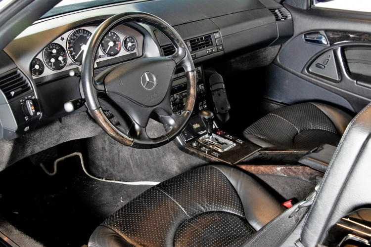 2000 Mercedes Benz SL500 SL Edition 29