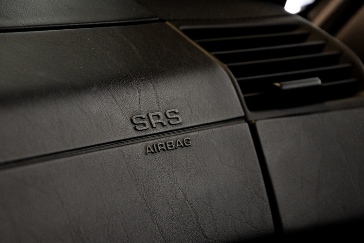 2000 Mercedes Benz SL500 Blue Edition 34