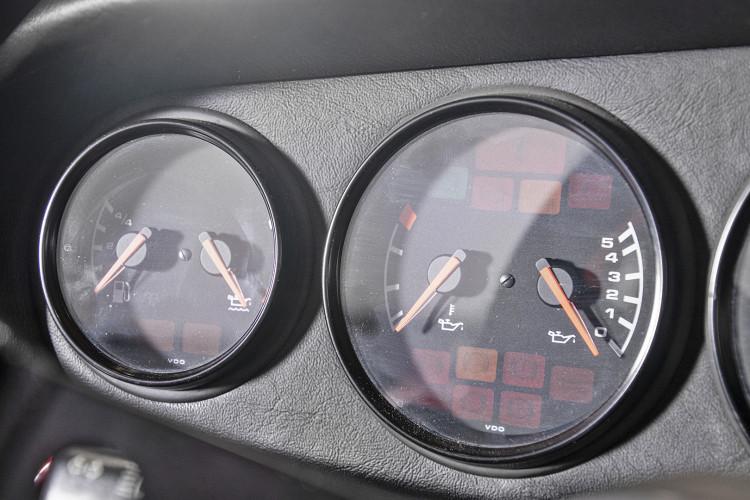 1995 PORSCHE 993 CARRERA RS CLUBSPORT 37