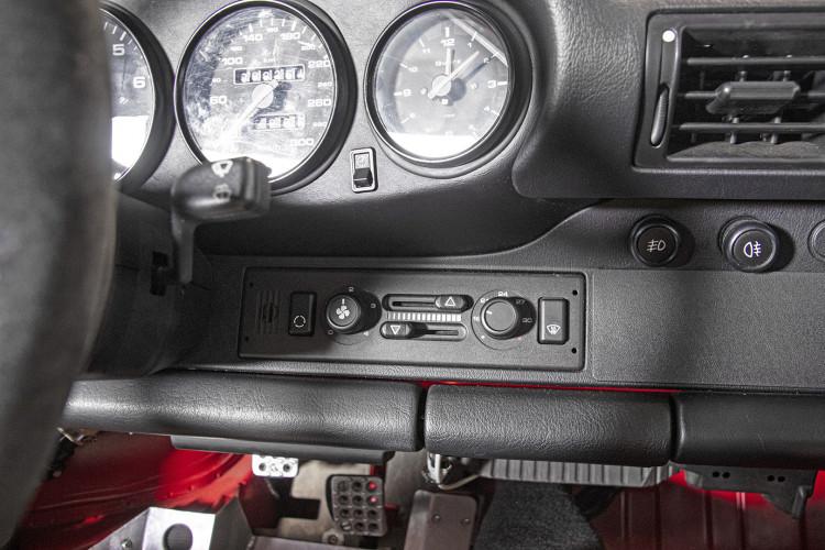 1995 PORSCHE 993 CARRERA RS CLUBSPORT 39