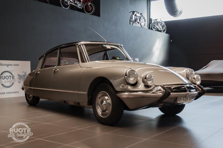 1965 Citroen DS21 Pallas 2