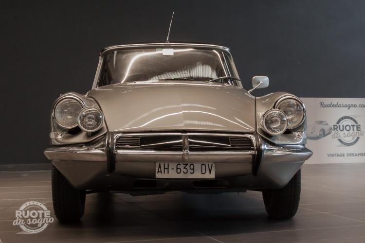 1965 Citroen DS21 Pallas 3