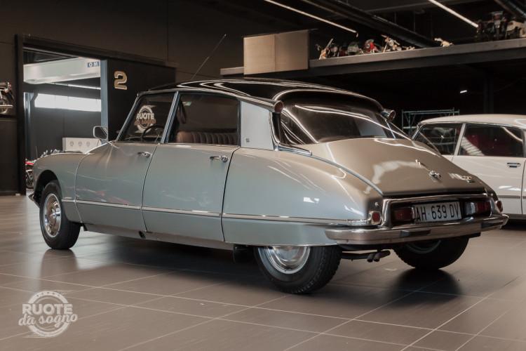 1965 Citroen DS21 Pallas 1
