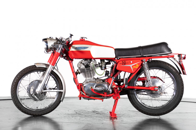 1969 Ducati 250 0