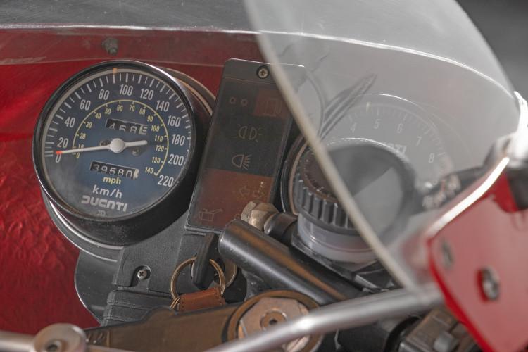 1983 Ducati 900 MIKE HAILWOOD REPLICA 19